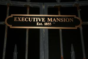 27-governors-mansion